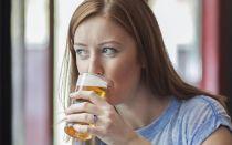 Можно ли пиво кормящей маме, если очень хочется