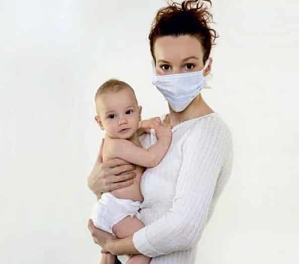 маска как защита малыша от заражения